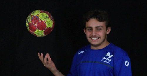 Entretien avec Erwann VIVET, ailier droit de l'équipe de France malentendants de handball
